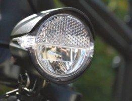 Przednia lampka rowerowa