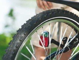Tylna lampka rowerowa Buchel