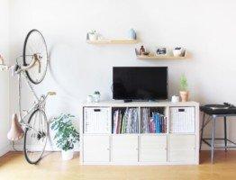 Uchwyty do wieszania rowerów na ścianie za koło