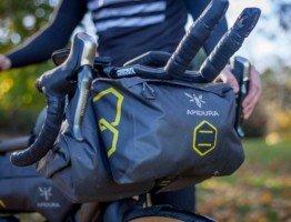 Ultralekka wodoodporna torba rowerowa na kierownicę Apidura bikepacking gravel